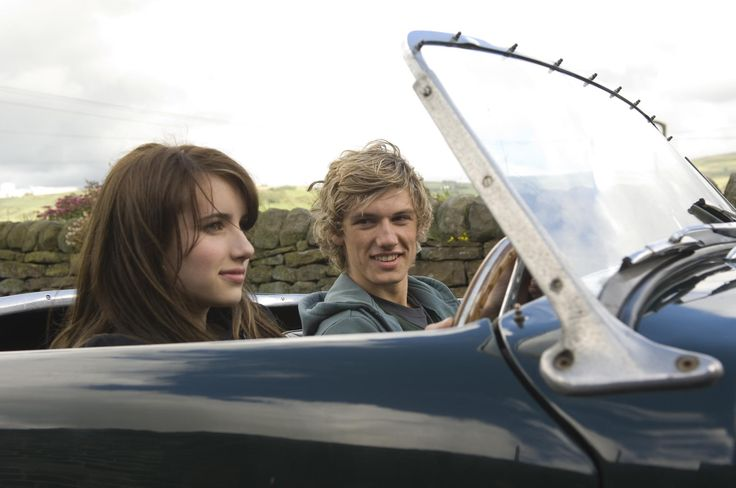 Still of Emma Roberts and Alex Pettyfer in Wild Child (2008) http://www.movpins.com/dHQxMDI0MjU1/wild-child-(2008)/still-160339712