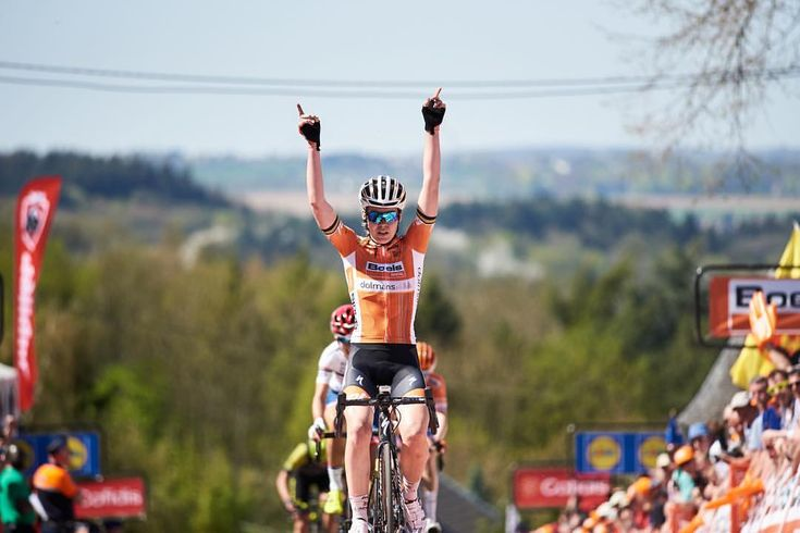 @annavdbreggen win her fourth consecutive edition of La Flèche Wallonne this afternoon, the eighth race of the 2018 UCI Women's WorldTour…