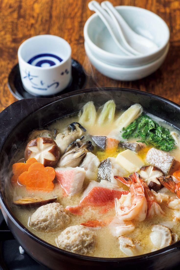 The BEST NABE GUIDE! ザ・ベスト・鍋・ガイド ~アジア鍋からラフロイグ鍋まで~ ──花とら  http://gqjapan.jp/life/food-restaurant/20161124/the-best-nabe-guide-hanatora