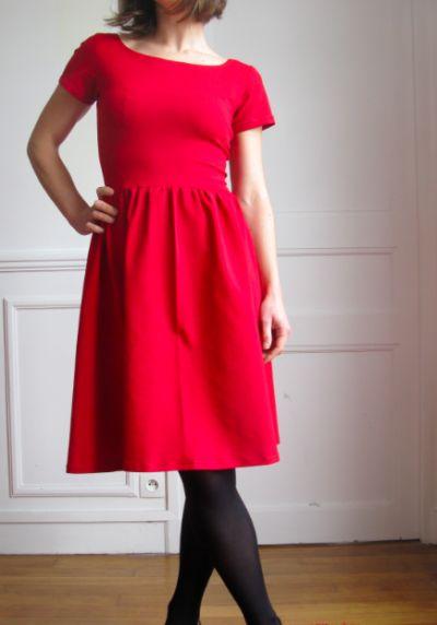 Les 83 meilleures images propos de tuto couture sur pinterest patrons de couture robe for Patron tablier original femme asnieres sur seine