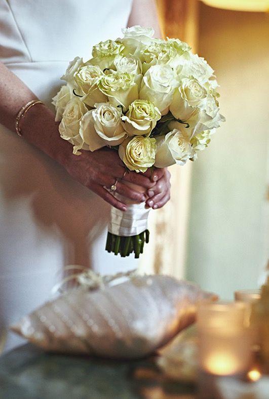 White shades bouquet