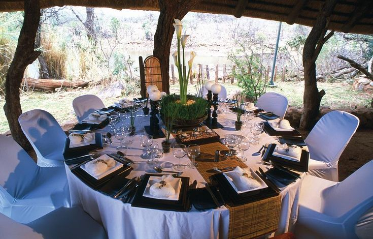 African wedding reception in the Safari, Chic!