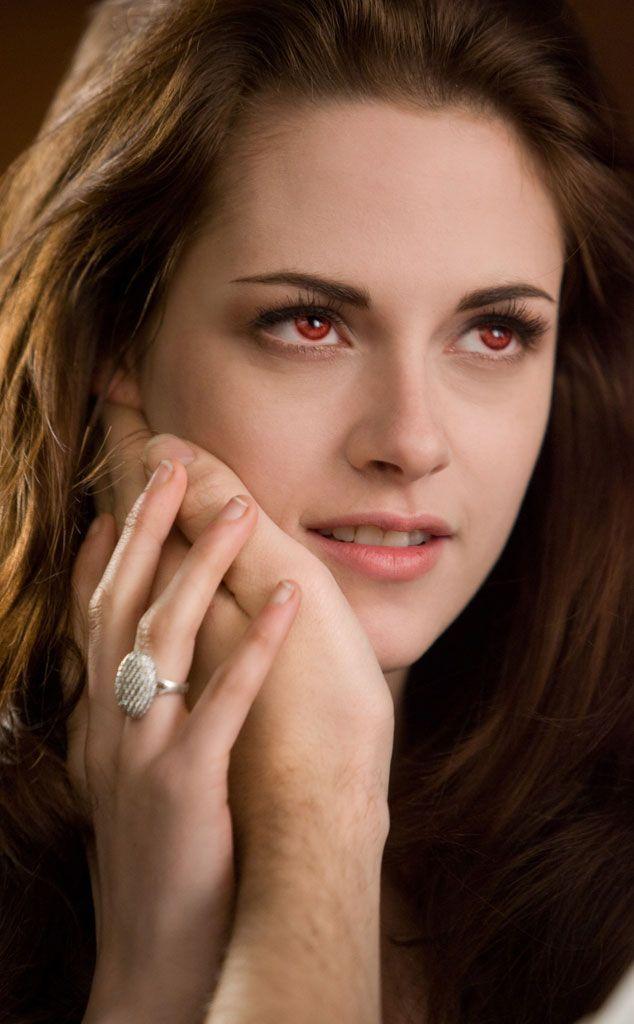 Kristen Stewart & Kellan Lutz from Flick Pics: The Twilight Saga: Breaking Dawn…