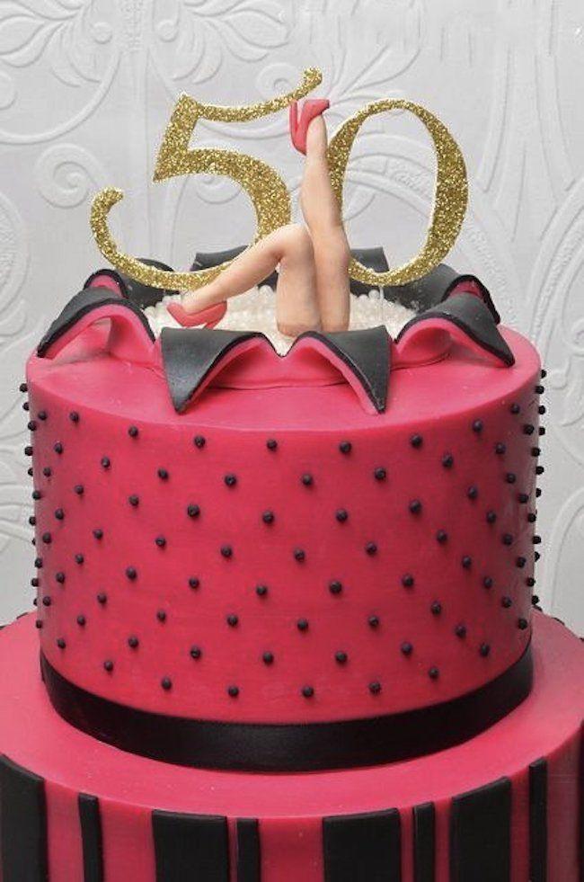 Você vai celebrar 50 anos? Pois saiba que esse acontecimento merece uma comemoração especial. Confira ideias de decoração para festa de 50 anos feminina.