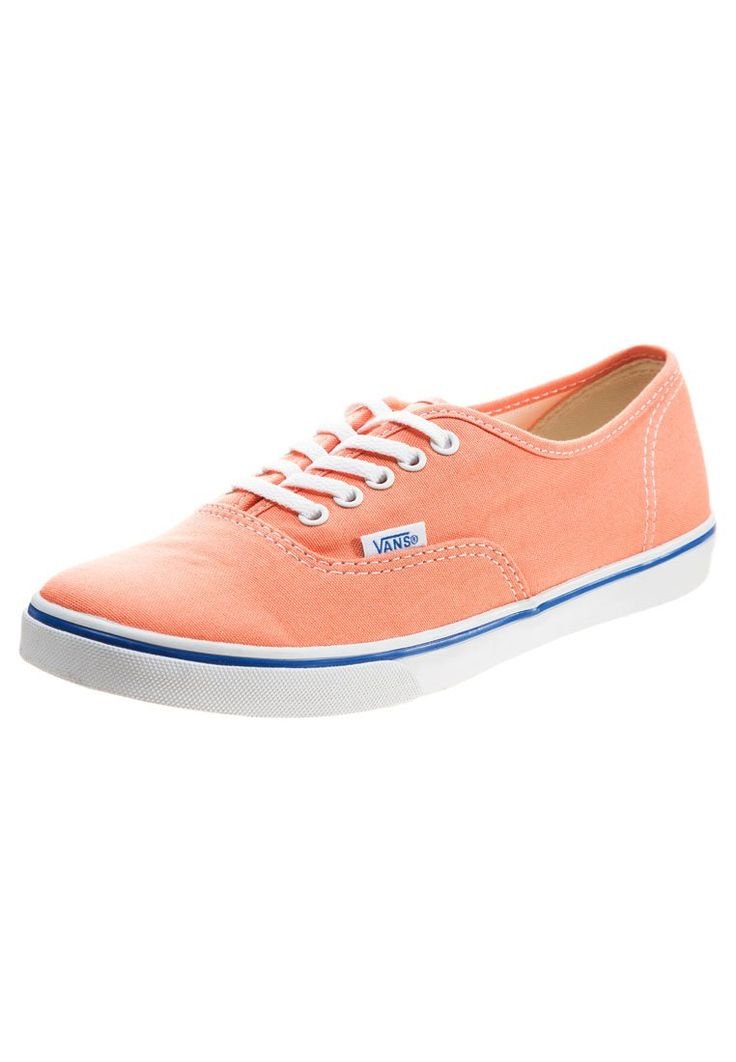 Le scarpe dell'estate? Le Vans arancioni, ovviamente! Fresche, divertenti, allegre: sono le sneakers perfette per le tue avventure estive!   Sneakers - VANS