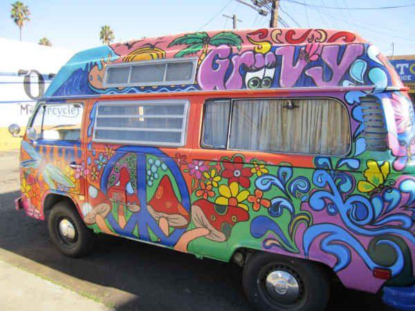 Volkswagen Bus Hippie