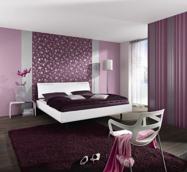 tapeten farben ideen lila schlafzimmer gestaltung. Black Bedroom Furniture Sets. Home Design Ideas