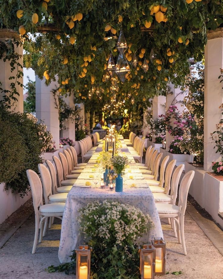 Enchanted garden party on the Amalfi Coast in 2020 Al