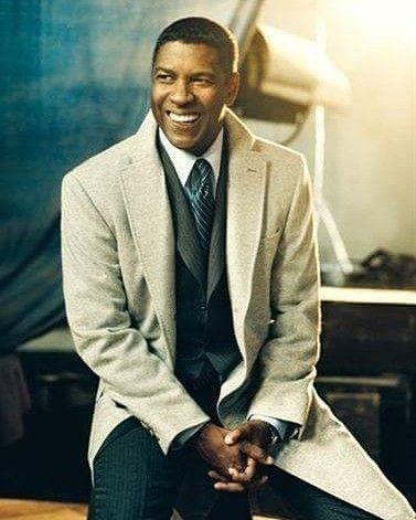 DENZEL FOR PRESIDENT  I don't know the what the future holds but I know we've walked through the White House door already so I pray our relationship with the Lord will be pleasing to God and he will answer prayers and Bless us with a Godly man for President the next time again!