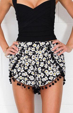 Best 25  Pom pom shorts ideas only on Pinterest | Shorts, Tropical ...