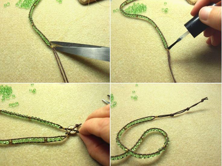 Indémodable, le bracelet wrap peut se décliner avec une grande variété de perles et de styles, sur un ou plusieurs tours de poignet. Découvrez comment réaliser un wrap avec des perles de Bohème et des petites perles en métal doré. A offrir ou à s'offrir !