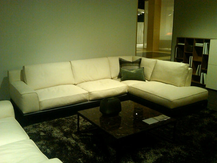 This Would Fit Perfectly In Your Home....Natuzzi Italia