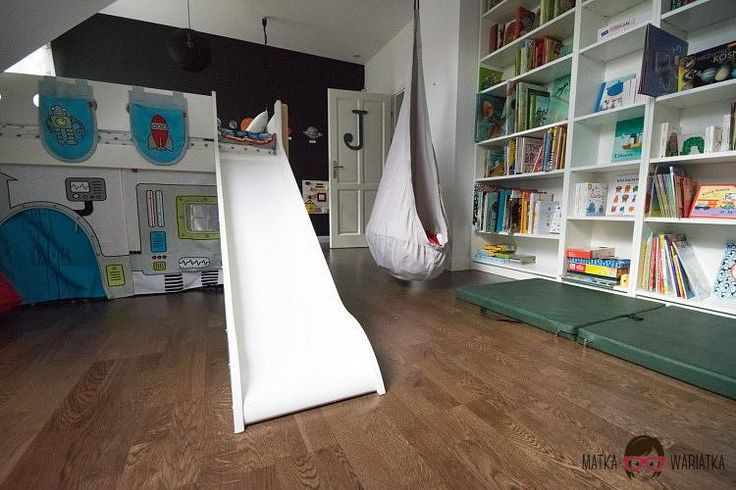 417 best images about kids rooms on pinterest balloon rides ikea hacks and cotton ball lights. Black Bedroom Furniture Sets. Home Design Ideas