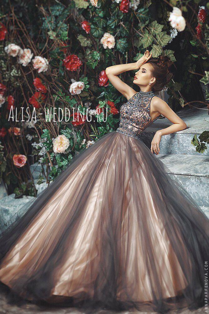 Пышное вечернее платье, комплект кроп том и пышная юбка. Купить можно на Alisa-wedding.ru