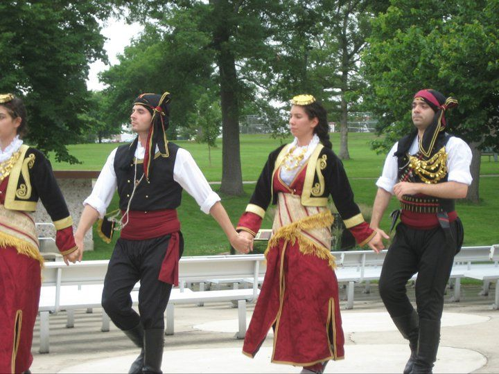 The Ellas Dancers of Chicago wearing Pontian costume