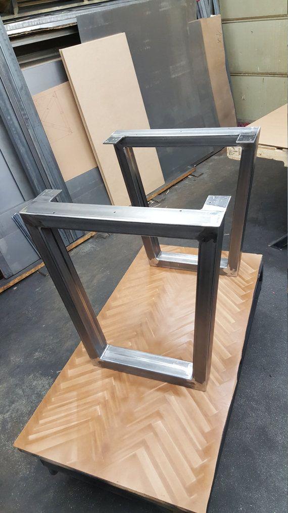 Patas acero trapezoidales modelo TTJ07 mesa de comedor