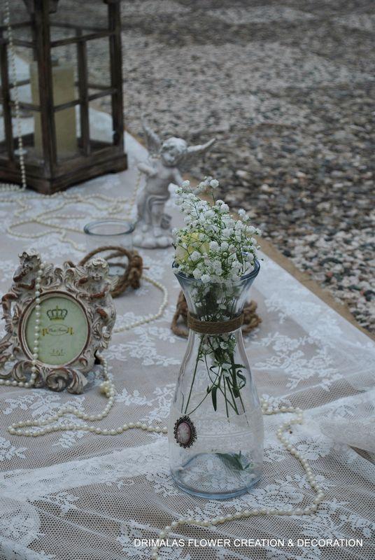 ρομαντικος στολισμος γαμου με αμφορεις