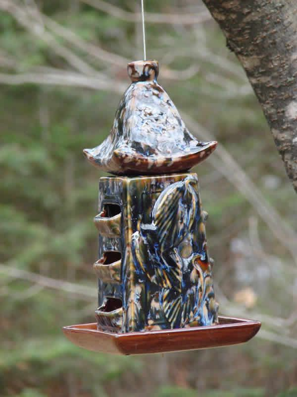 Pagoda Bird Feeder – Blue is one of a trilogy of oriental, Asian design ceramic bird feeders that Mondus offers. Available at www.mondusdistinction.com