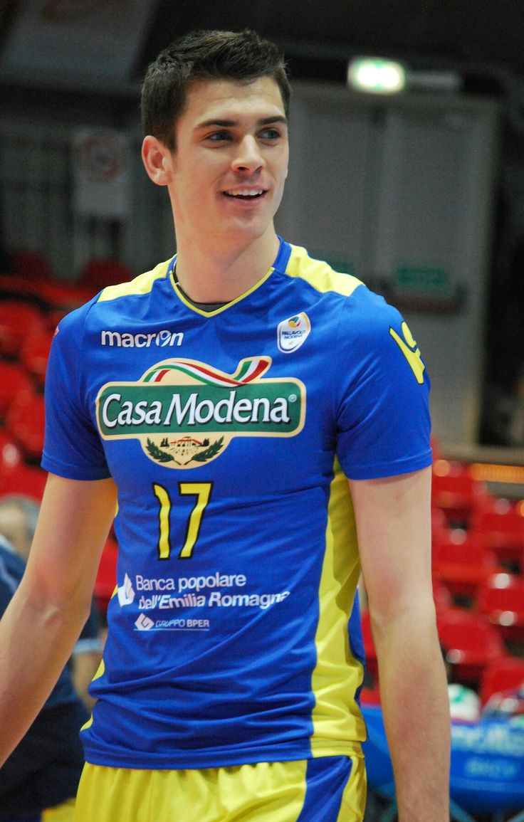 Pin By Pics Of Volleyball On The Best Spiker Of Volleyball Matt Anderson Volleyball Matt Anderson Anderson Volleyball