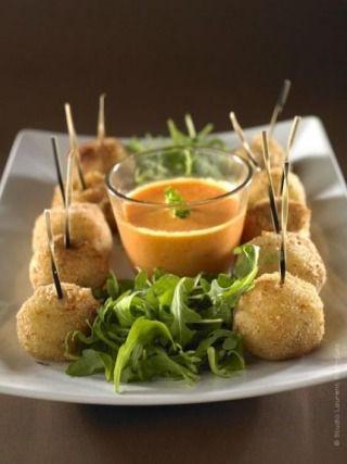"""750g vous propose la recette """"Croquettes de pommes de terre au fromage à raclette Richesmonts"""" notée 4.5/5 par 6 votants."""