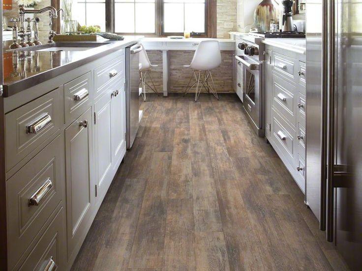 details Medium Left_Bank_SL938 Boulevard_Maple Laminate Flooring: Wood Laminate Floors | Shaw Floors