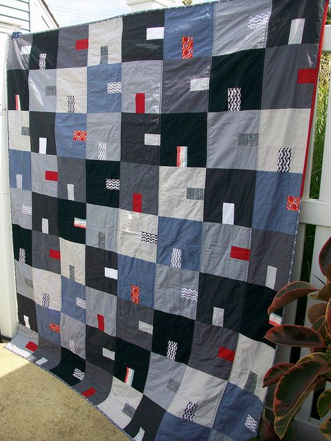 Companion quilt to City Green in red, grey, and black www.flickr.com/photos/46563412@N06/5783126237/in/photostream