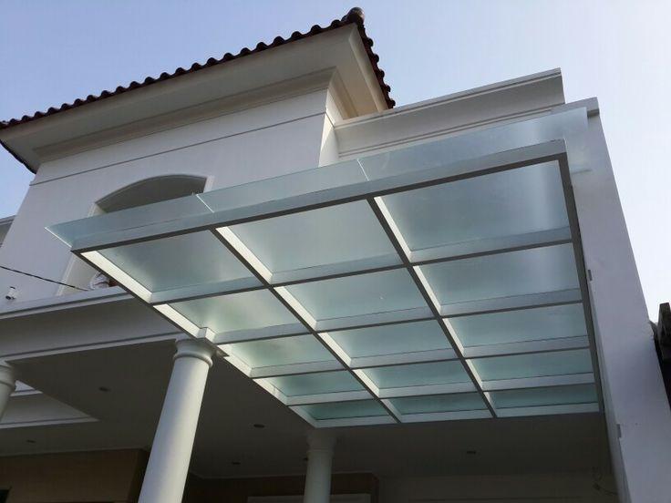 glass roof in bintaro by kusno