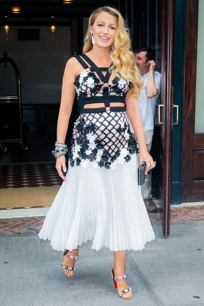 Blake Lively || Leaving her hotel in New York - July 15
