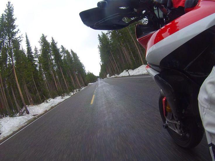 Increíbles fotos el #FinDeSemana puedes captar a bordo de tu #moto con las #cámaras #Drift. #LiveOutsideTheBox!