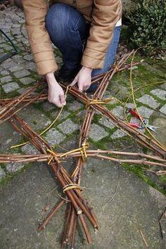 Weihnachtsdeko: Ein Stern aus Zweigen