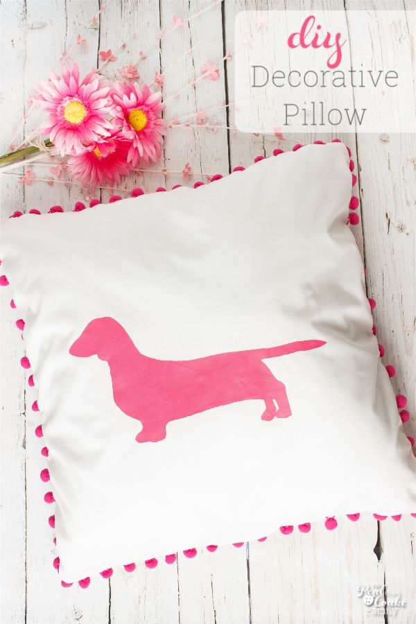I love decorative pillows! This one is some simple sewing to make an adorable pillow for a kids bedroom. perfect for my ideas for my girls rooms. #TriplePFeature