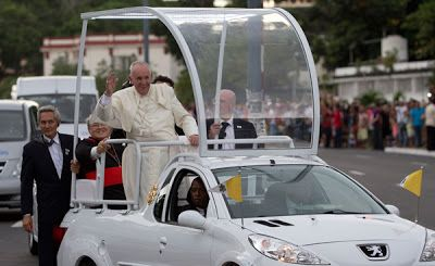 Papa móvil colombiano se conocerá este lunes en Bogotá
