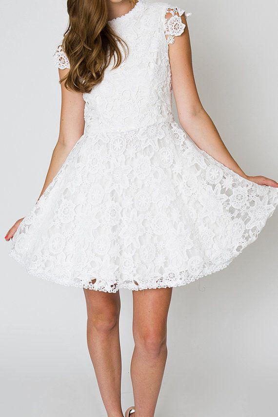 vintage inspired short wedding dress. LACE by Dreamersandlovers