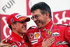 Michael Schumacher und Ross Brawn - Foto: Sutton