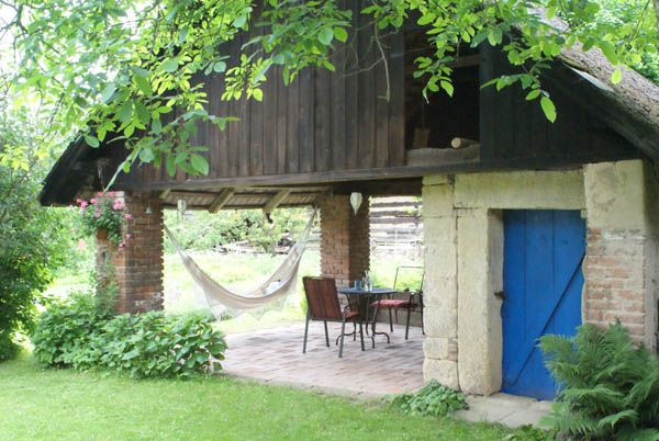 Bydlení čtenářů: Budování terasy