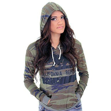California Republic Eco Pullover Hooded Long Sleeve T-Shirt – State Flag Bear Silhouette Review