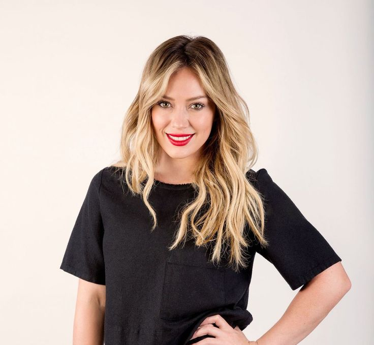 Hilary Duff keeps it simple and chic with this do. Watch Hilary in the latest episode of YoungerTV on TV Land at http://www.tvland.com/shows/younger.