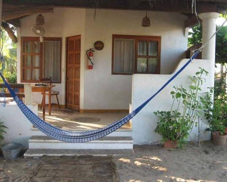 Échale un vistazo a este increíble alojamiento de Airbnb: Bungalos Sol Dorado, Playa larga  Zihuatanejo Gro. - Bungalows en alquiler en Ixtapa Zihuatanejo