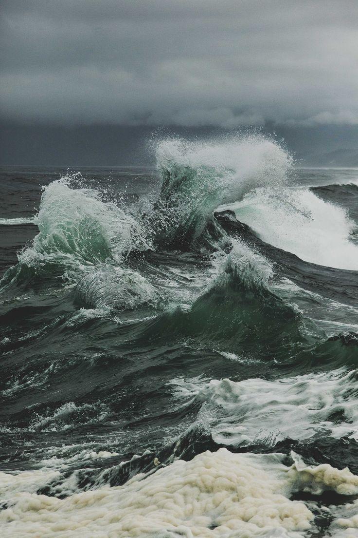 """ cape kiwanda, ©thisnormallife "" water waves"