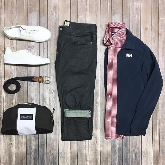 Follow @inisikpe for daily style  #suitgrid to be featured  ____________________ #SuitGrid by @theamateurprofessional ____________________  Tap For Brands #inisikpe Jacket: @hellyhansen Shirt: @johnnieobrand Denim: @katobrand Belt: @martindingman1990 Shoes: @creativerecreation Bag: @truewindinc