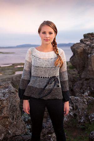 Einband Lopi Lace Weight Yarn 100% wool, 50 gr (1.7 oz) approx. 250 m (273yd).