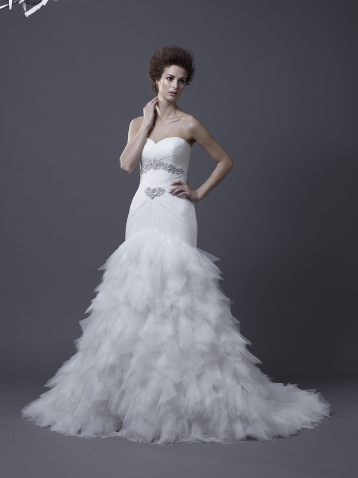Igen Szalon Enzoani wedding dress - Hadiya #igenszalon #weddingdress #enzoani