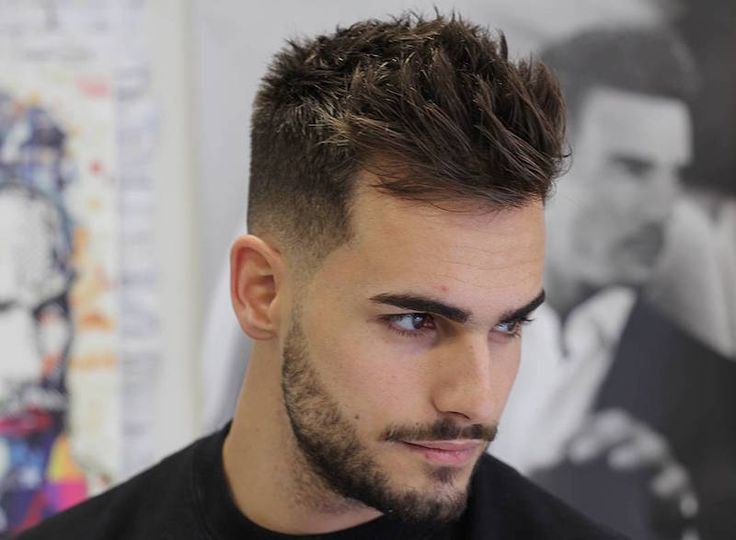 Updated on 13 December 2017    For most men short haircuts and shorthairstyles are the go-to look.    Why? Because short hair is super easy to manage.Simply towel dry, use a small amount of hair product, work the hair