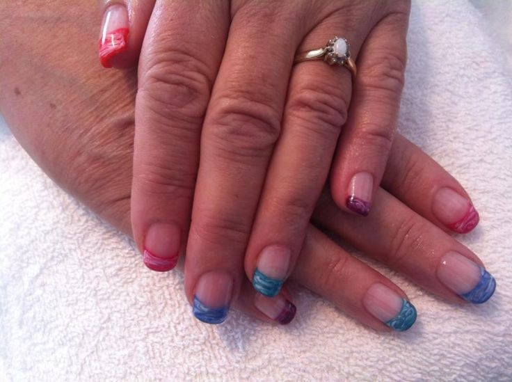 Multicoloured marbled nails #sittingpretty