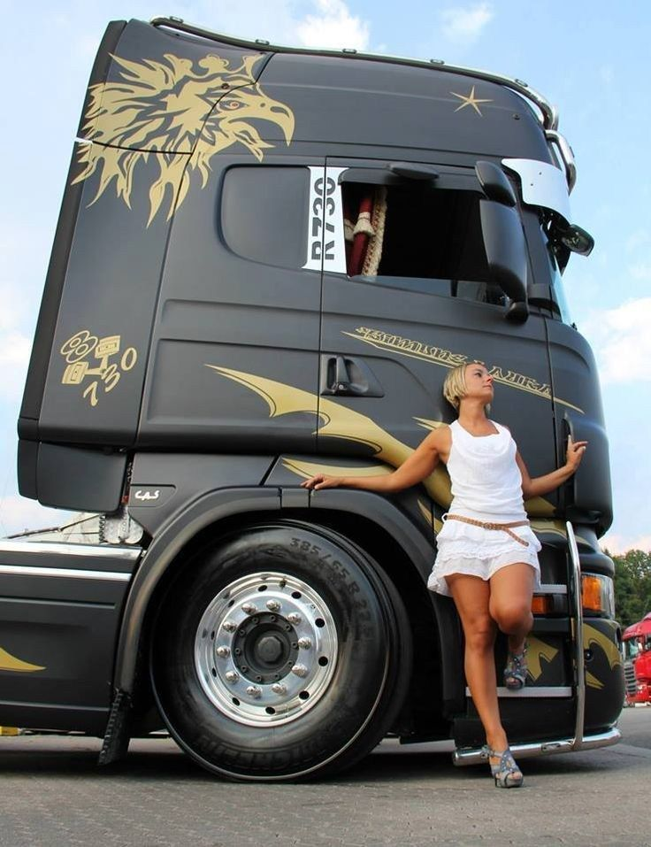Pin by Tommyallison on Grid girls Trucks, girls, Big