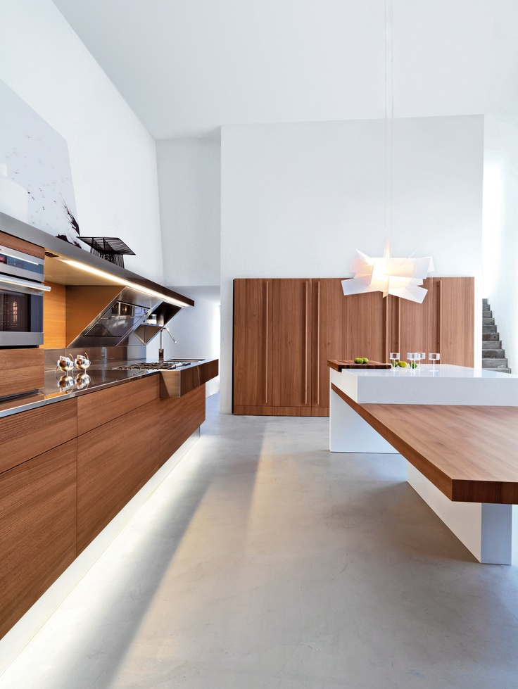 Snaidero #Cucine #Kitchen Kube, Offredi Design. With elm wood doors and stainless steel worktop. Island version with Corian worktop.