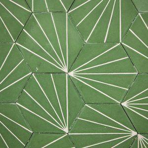dandelion-lawn-milk-close-up-large-66820.jpg