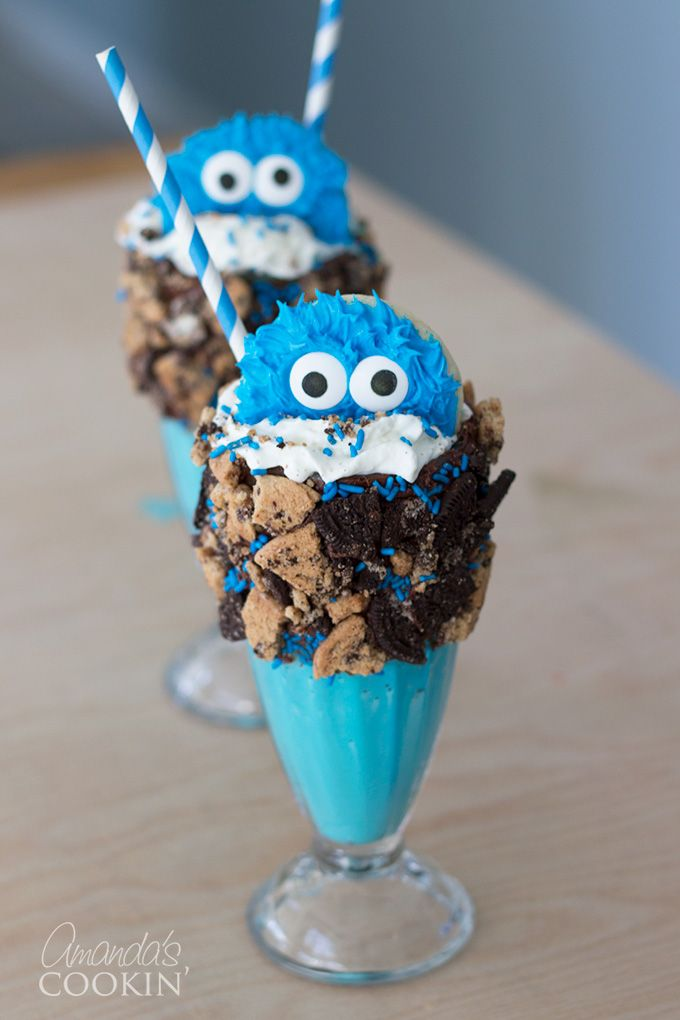 This Cookie Monster Freak shake really allow you to feed your creative soul and just go crazy! It makes it seem A-okay to cover your milkshake glass in as many sweets as you possibly want, the options truly are endless in this scenario!