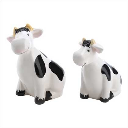 Cow Salt And Pepper Shakers Set   Reminds Me Of Nicole :)