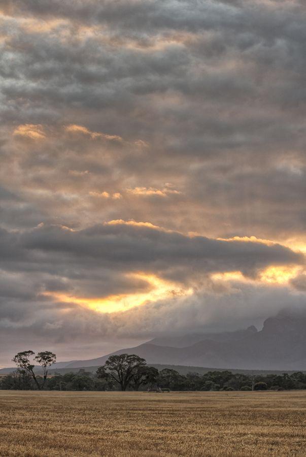 Bluff Knoll in Stirling Range, Western Australia.